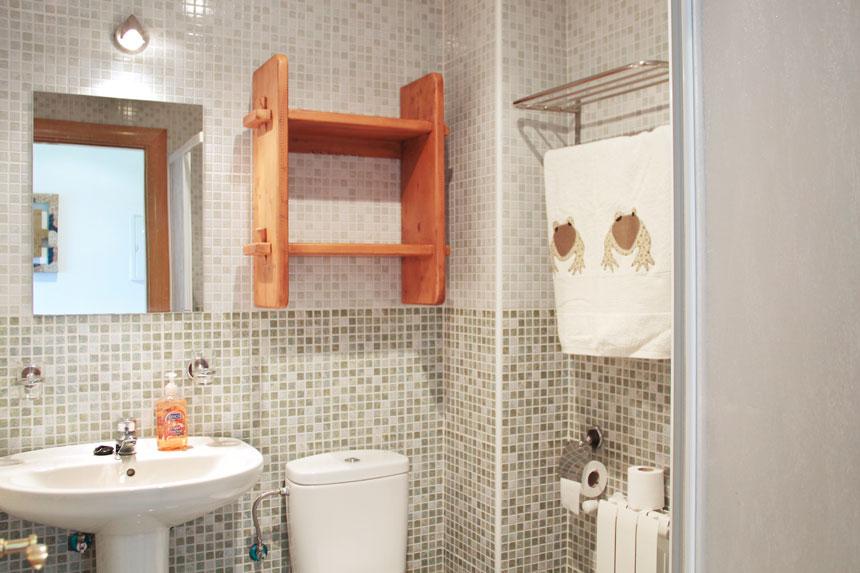Apartamento Herbosa. Baño